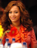 Photos de Beyonce avec différentes coupes de cheveux th 29183 beyonce mix tetra 986 123 238lo