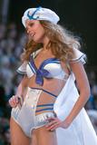 th_19900_Victoria_Secret_Celebrity_City_2007_FS_7179_123_246lo.jpg