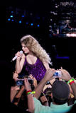 http://img192.imagevenue.com/loc367/th_32520_Taylor_swift_performs_her_Fearless_Tour_at_Tiger_Stadium_006_122_367lo.jpg