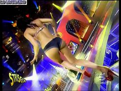 [IMG]http://img192.imagevenue.com/loc55/th_45307_FedericaNargi_Culocompilation.wmv_000001240_122_55lo.jpg[/IMG]