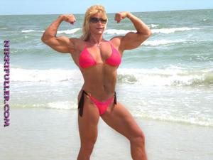 Biceps Goddess Of January 2011 Nikki Fuller